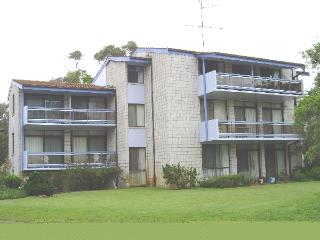 Villa Ellisa, Unit 5/10 Columbia Close, Nelson Bay