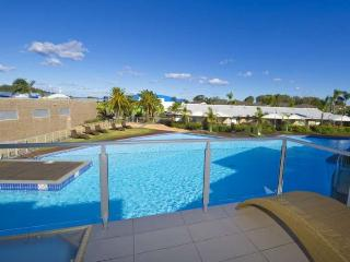 Pacific Blue Apartment 278, 265 Sandy Point Road - WIFI, Salamander Bay