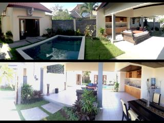 Pool View Villas, Abang