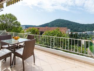 Two bedroom apartment with terrace & garden, Lapad, Dubrovnik