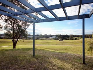 Horizons Golf Resort, Villa 124, Salamander Bay