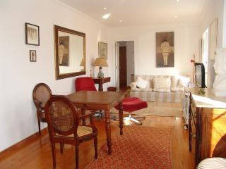 OLD HISTORICAL LISBON APARTMENT