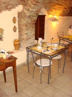 Un particolare della nostra caratteristica sala colazione con volte a botte antichissime