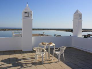 Penthouse apartment with fantastic sea views, Cabanas