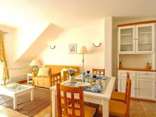 Giddah White Apartment, Albufeira, Algarve