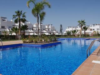 2 bed Apartment in Condado de Alhama golf onsite