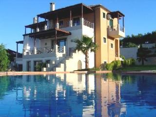 Athina Luxury Villas in Crete, Platanias