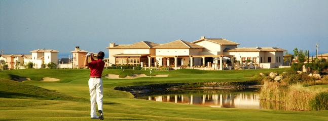 Golf course within 5 to 10 minutes from the villa