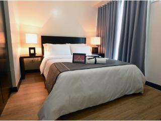 1 Bedroom Apartment near Makat, Mandaluyong