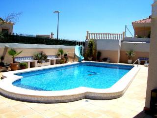 Fabulous Modern Villa Wi Fi Private Pool Air -Con, La Marina
