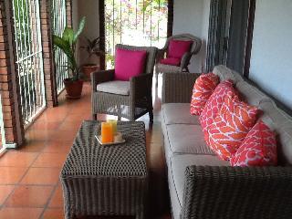 Patio/Porch bar area