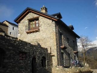 Casa Villamana, Oto