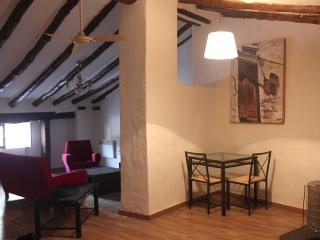 charming Andalusian stonewall house, Huescar