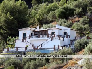 Villas Pedregal , Información en su web, Frigiliana