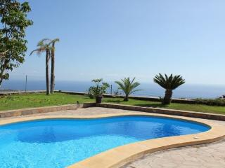 Villa con piscina y preciosas vistas