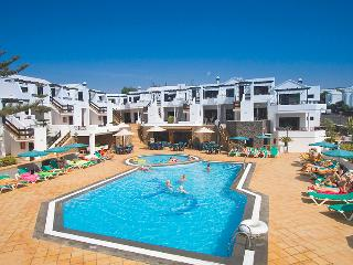 Club Oceano Apartments