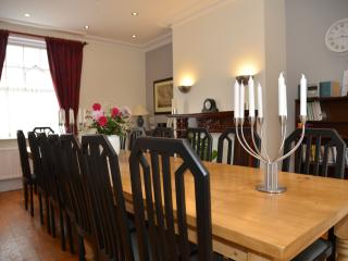 Dining Room - seats 16
