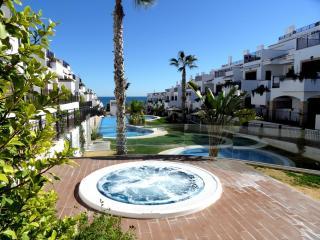 2 Bedroom Air- Conditioned Azul Beach La Mata