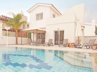 CAVAND1 3 Bedroom Villa, Protaras