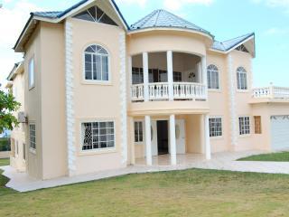 Celebrity Villa Jamaica, Montego Bay