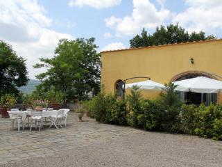 """Le Massucce"" 2 Bedrooms Farmhouse in Chianti"