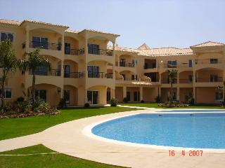 Vilamoura-Algarve-Walking distance to Marina/Beach