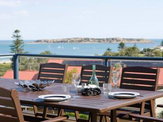 Adare Apartment hosted by  Victor Apartments, Victor Harbor