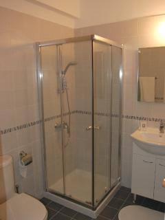 The en suite bathroom adjoining master bedroom