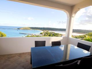 Spectacular view from the front patio and spacious seating for your party