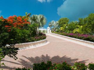 Luxury 5 bedroom Ocean front Villa, Providenciales