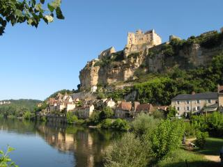 Spectacular Beynac village with its charming houses and 12th Century Chateau