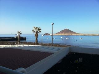 El Medano, Playa Chica, beachfront, 3 bedrooms !