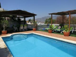 Chalet-apartamento con piscina, Almunecar
