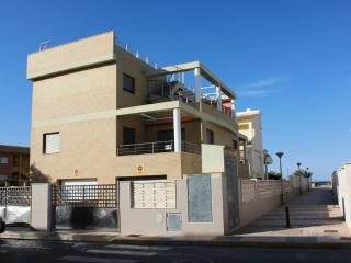 Playa de Oliva. C/ Barques, 7-10 Derecha