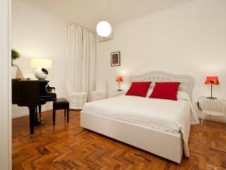 Tango luxury apartment
