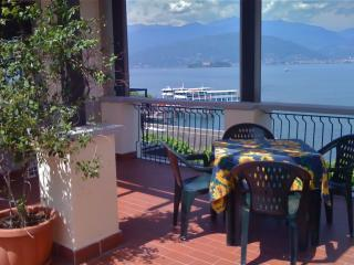Apartment with terrace, Stresa