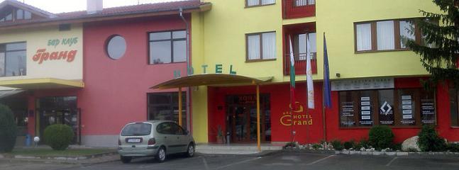 Hotel Grand Complex