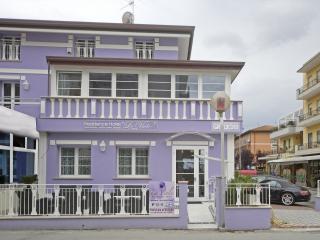 appartamenti bilocali ,camere,junior suites, nuovi