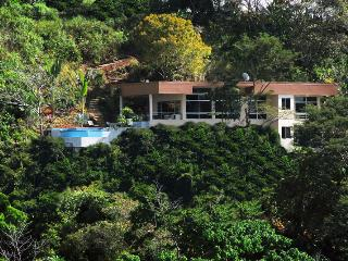 NEW!- Casa Añoro- Private Luxury Contemporary Home, Manuel Antonio National Park