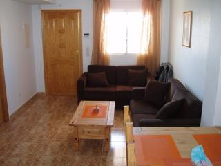 La Cinuelica R14, Ground Floor apartment overlooking the pool area in JH Alhamed