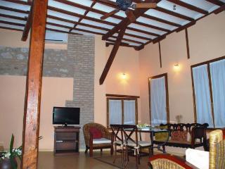 Apartamentos CASA DE LA MEZQUITA-CARRETAS, Toledo