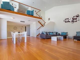 Mantra Aqua, Penthouse 83/1A Tomaree Street - FREE WIFI, Nelson Bay