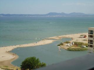 Estudio San Luís. 11-14E enfrente del mar, Empuriabrava