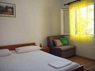 Apartment Garden-  Villa Sofija, Supetar