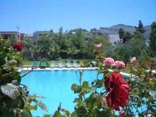 Rosea House, geniş özelliği ile özel havuz, Turgutreis