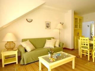 Giddah Yellow Apartment, Albufeira, Algarve