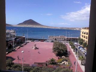 Apartamento amplio con vistas al mar, Montaña Roja, El Medano