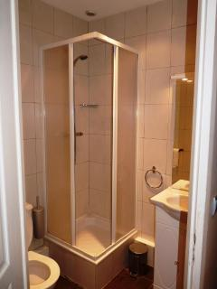 The first en-suite bathroom