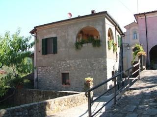 Casa Sant'Anna, Mulazzo