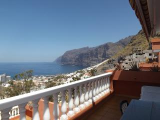 Apartment with fabulous views, Los Gigantes